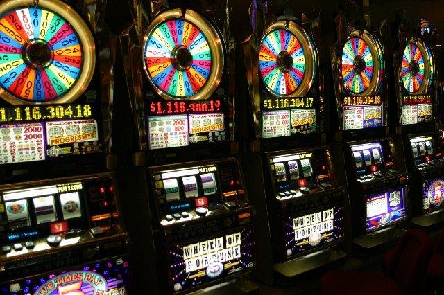 Самые лучшие бонусы от казино  Slots Klub