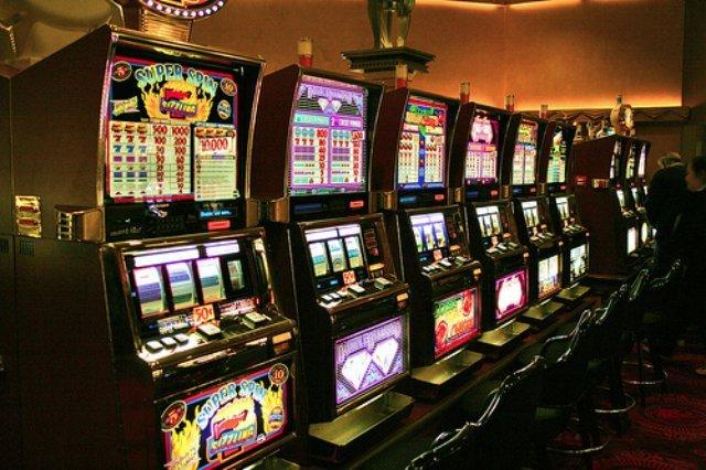 Большой выбор игр в казино Вулкан Россия