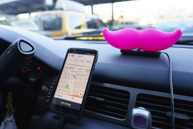 Ford иLyft объединятся для продвижения беспилотных такси