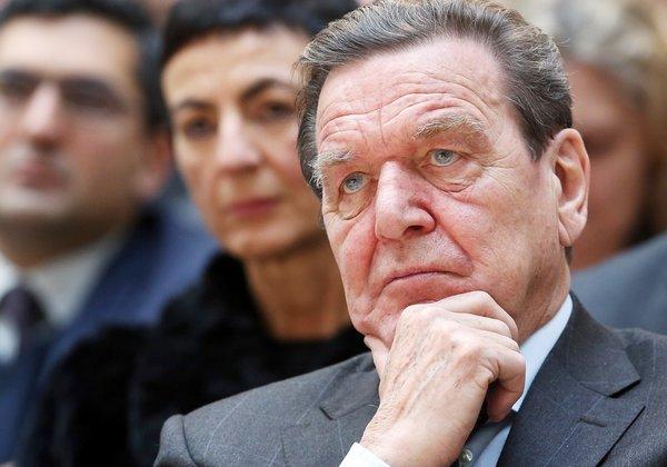 Главой совета директоров Роснефти избрали Герхарда Шрёдера