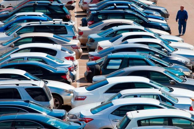 Депутаты возмущены дорогим автопарком чиновников