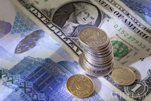 Доллар продолжает идти вверх