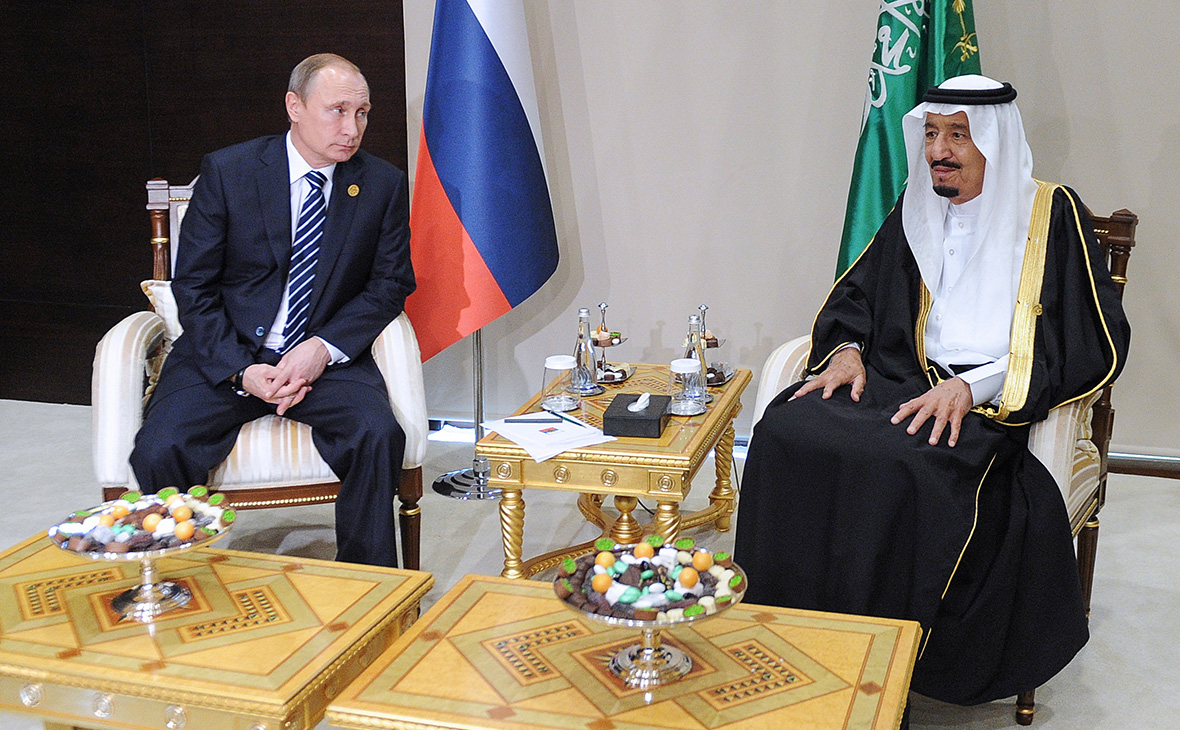 «Коммерсантъ» назвал главные ожидания Москвы от визита саудовского короля