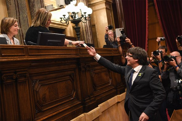 Каталония объявила о независимости от Испании. Фотогалерея