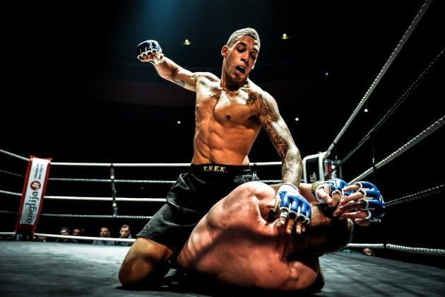Как иначем зарабатывает бойцовский чемпионат UFC