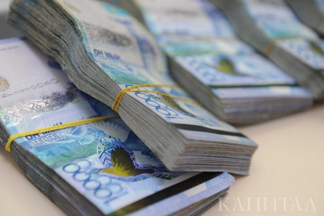 Курс пытается закрепиться наотметке 335тенге задоллар