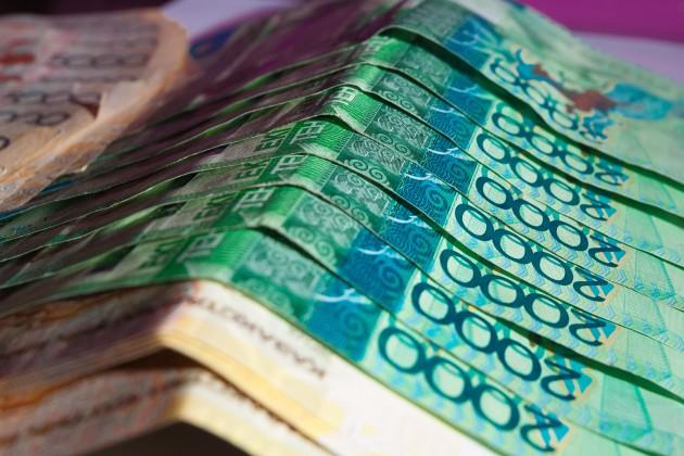 Через системы переводов казахстанцы получили около 250млрд тенге