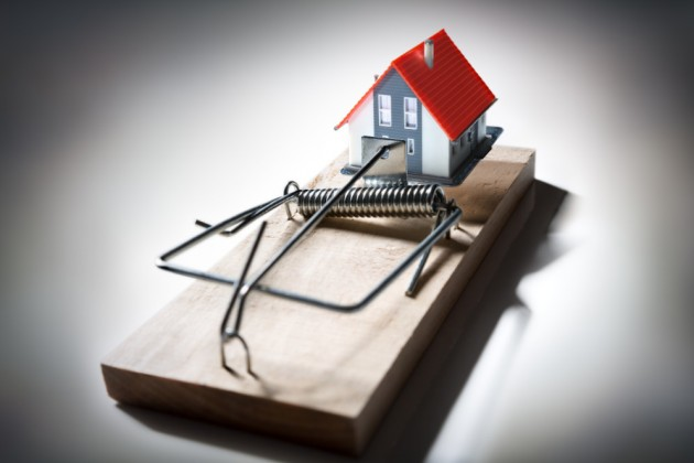 ВАлматы мошенница «продавала» залоговые квартиры
