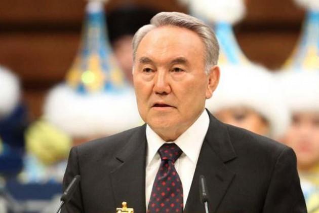Президент поблагодарил казахстанцев задоверие
