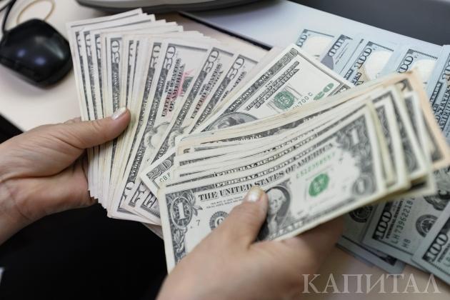 Доллар поднялся до333тенге