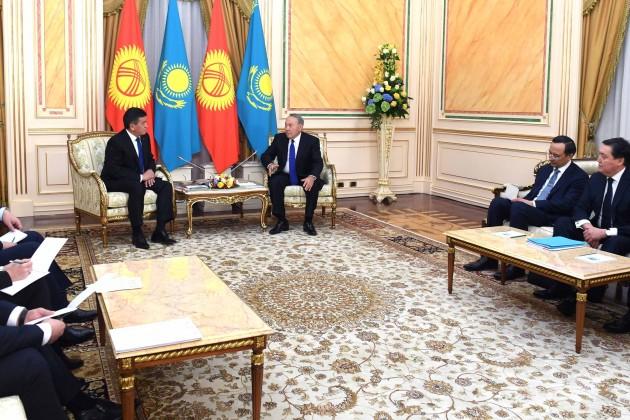 Казахстан иКыргызстан увеличат товарооборот до $1млрд