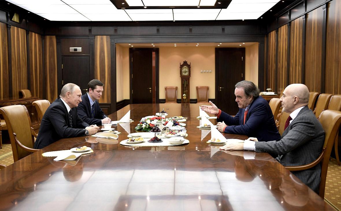 Оливер Стоун назвал Владимира Путина «истинным сыном России»