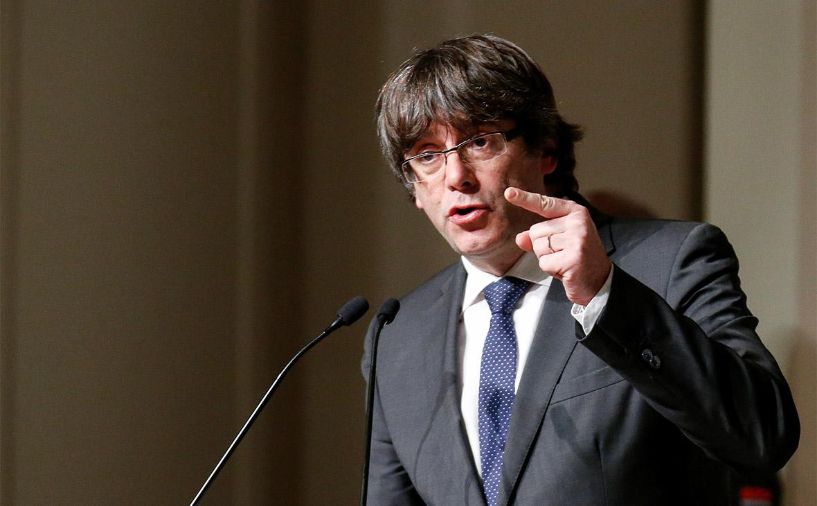 Верховный суд Испании отозвал ордер на арест Карлеса Пучдемона