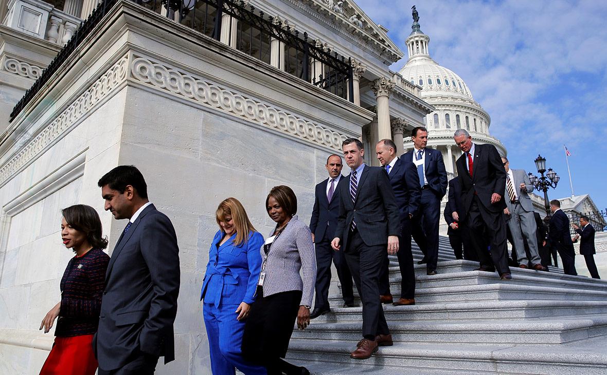 Республиканское большинство в американском сенате сократилось до минимума