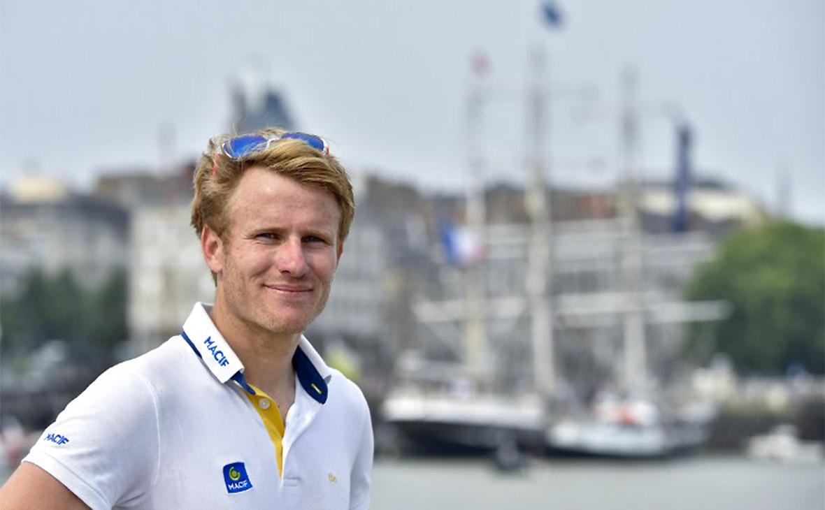 Французский яхтсмен совершил кругосветное плавание за рекордные 42 дня