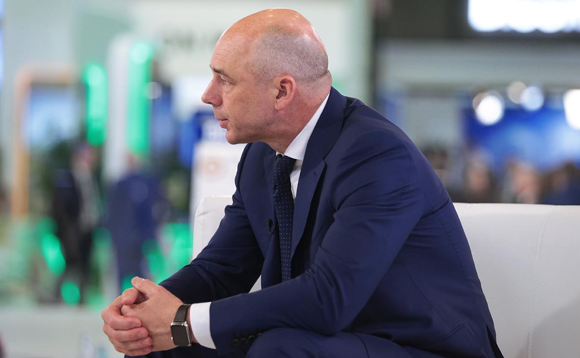 Силуанов выступил против «сумасшедших» штрафов за валютные нарушения
