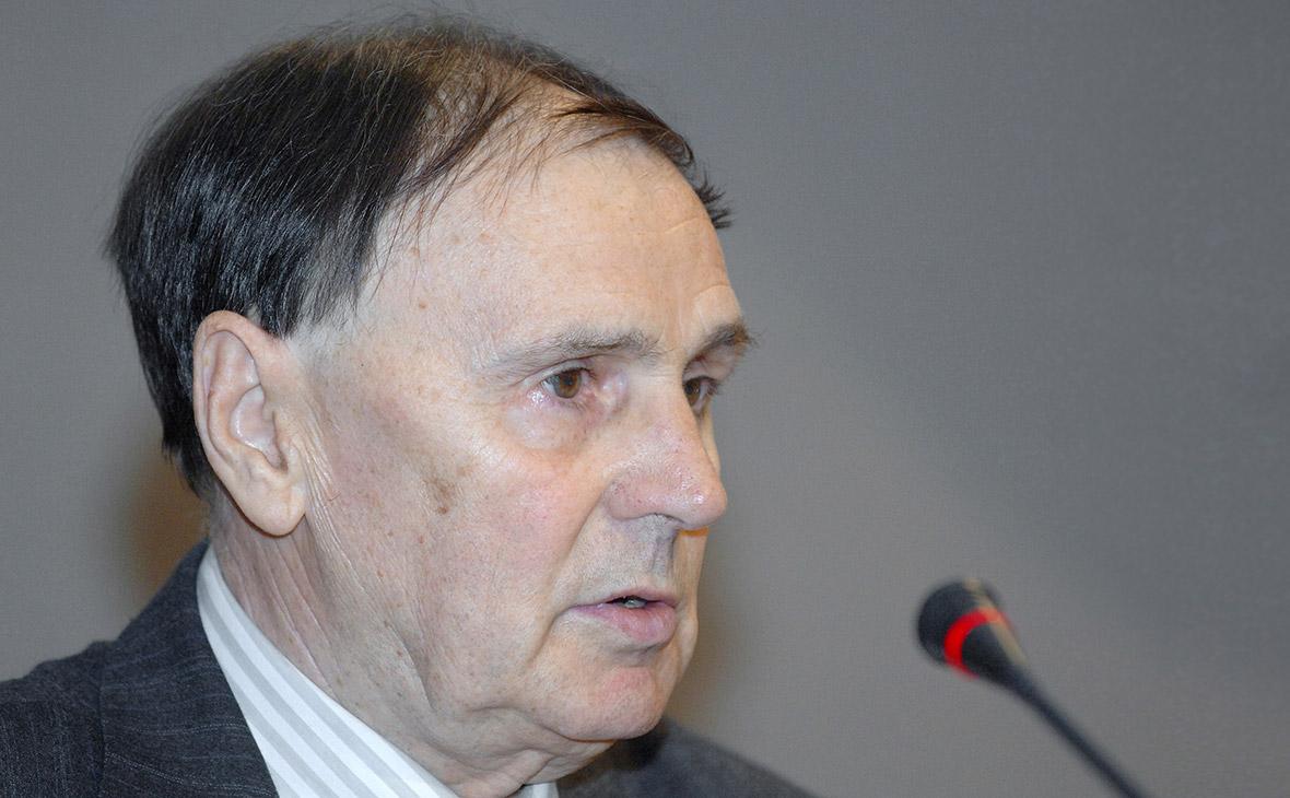 Умер исследователь новгородских грамот академик Андрей Зализняк