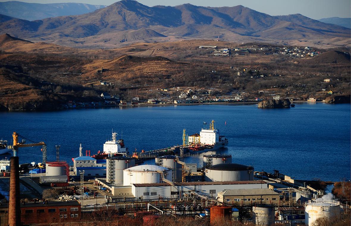 Reuters сообщил о поставках российскими кораблями нефти КНДР