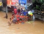 НаТаиланд надвигается тайфун