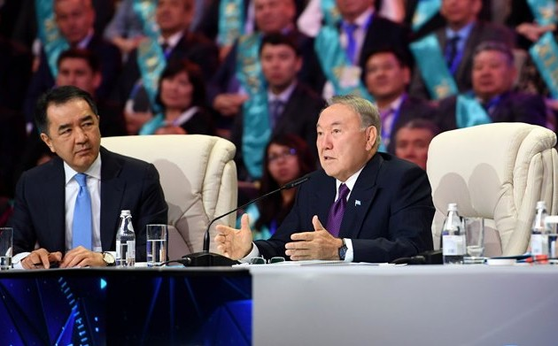 Нурсултан Назарбаев дал старт двум крупным предприятиям вАктюбинской области