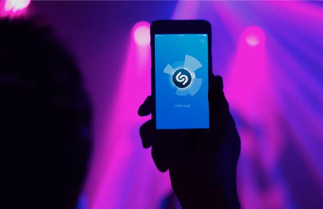 Apple намерена купить Shazam за $401млн